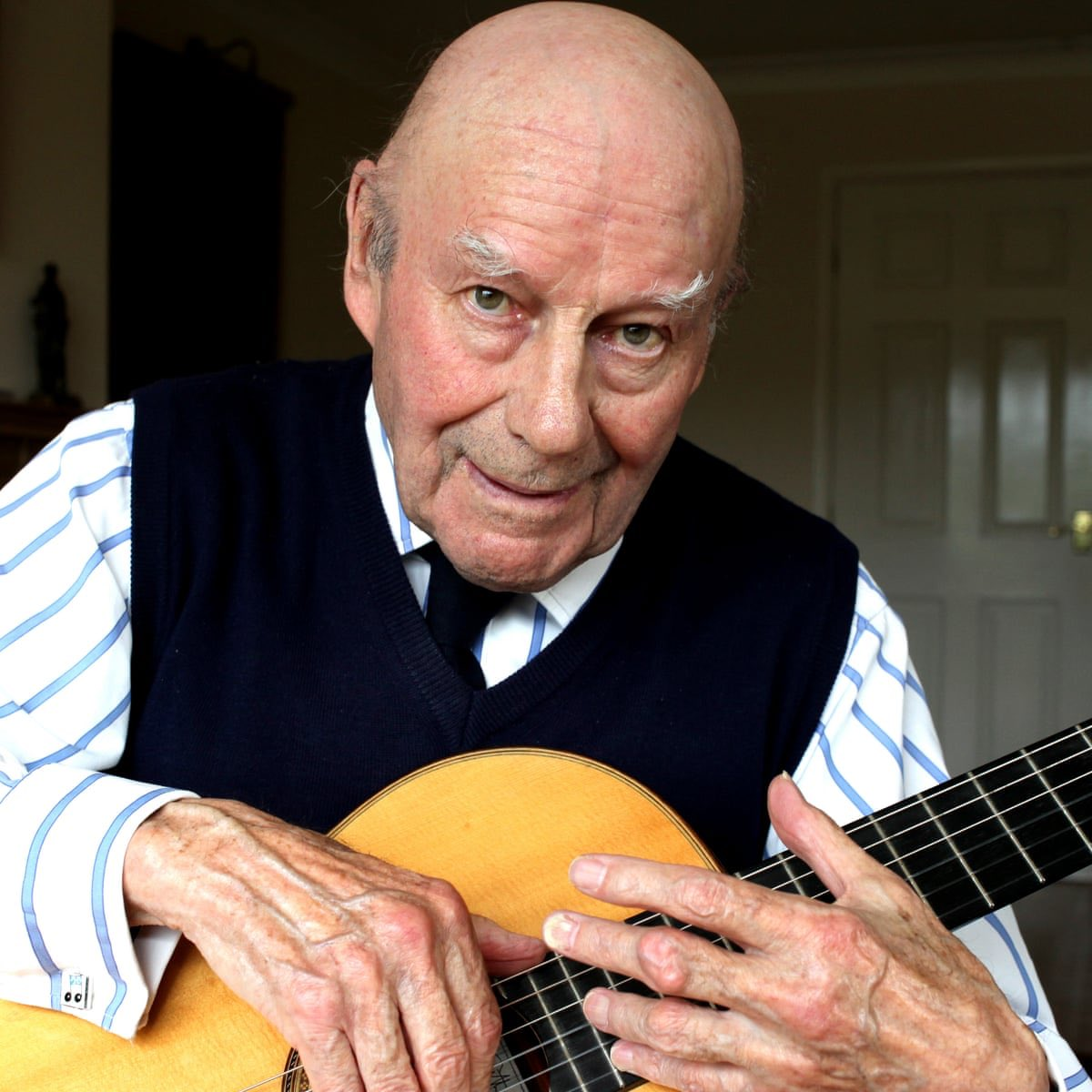 Remembering the great British classical guitarist Julian Bream who died today - but which guitarist did he name his dog after? And what did Vladimir Horowitz do that did not impress his formidable wife? A Classic FM Concert of revelations. Join me 8pm @ClassicFM
