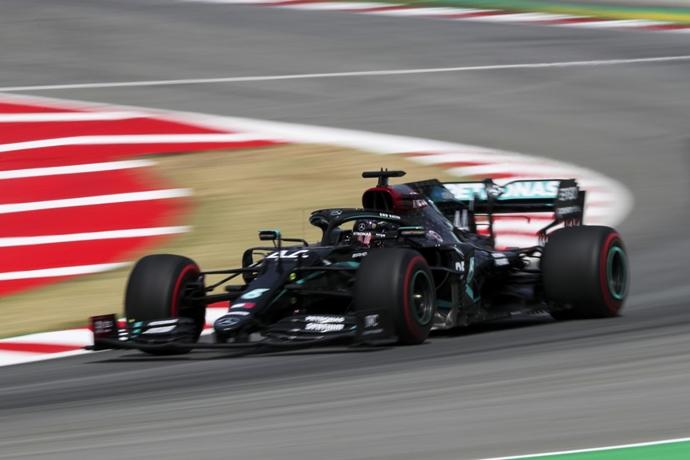 #F1 #SpanishGP   Viernes en España – Mercedes lucha contra la degradación y el calor https://t.co/yE25qJFARc https://t.co/GRdXBv55Ao