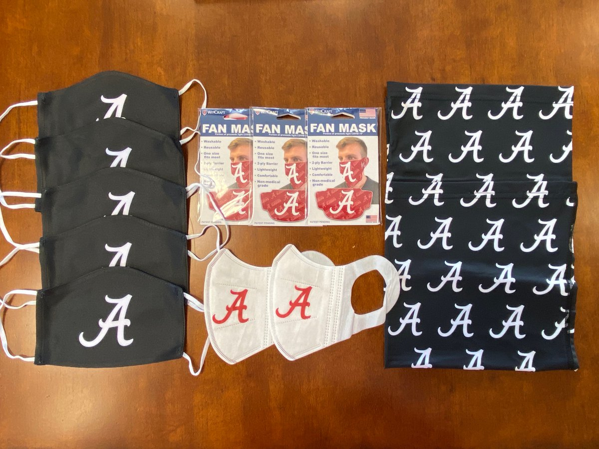 Fri afternoon ALABAMA MASK GIVEAWAY!! Before 7:30 pm tonight I will randomly select 8 people who tweet a picture of yourself wearing a mask & an @UA_Athletics shirt or hat w/this message. Hey @Greg_Byrne, I wear a mask to keep u safe & you wear one to keep me safe! #RollTide