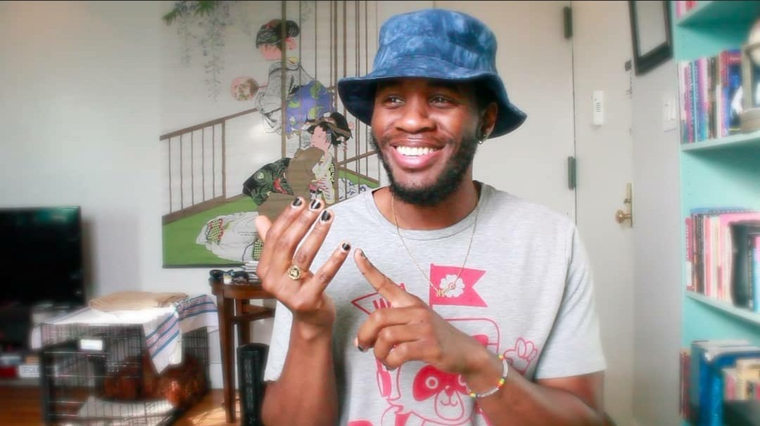 The writer. The work. twitter.com/AfroJediii/sta…