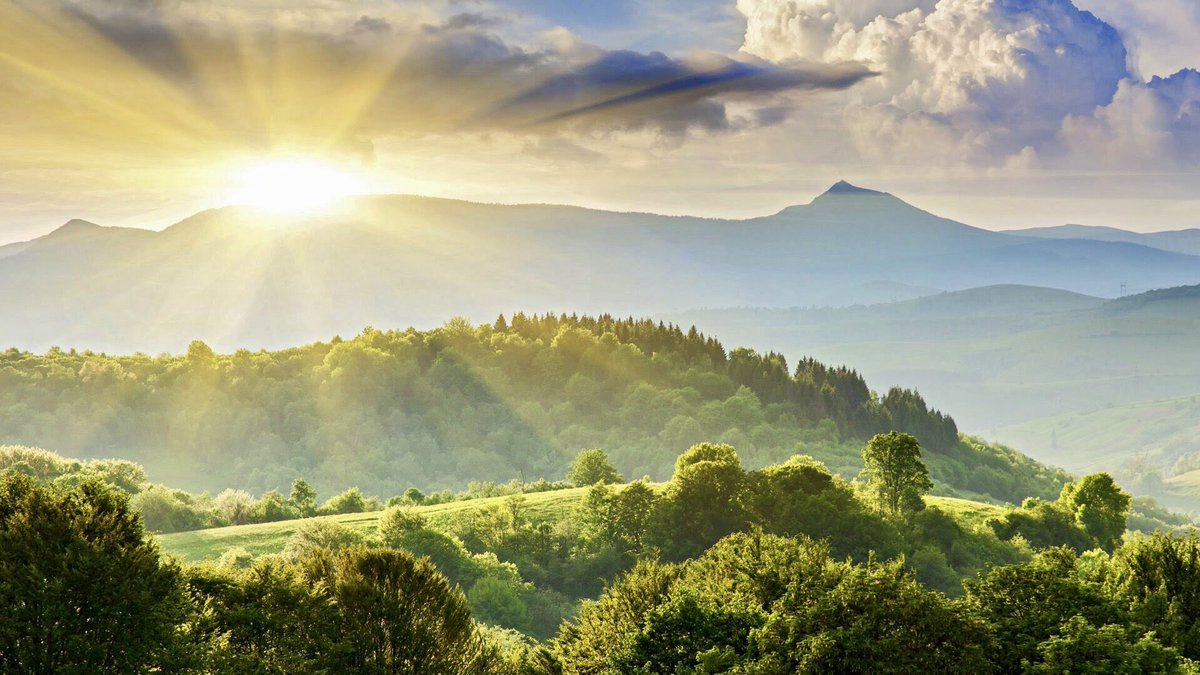 How immensely important to us are those things in our life that are stable and unchanging. So much of our world is in motion. How welcome are the bits that stand still. ~C.R. Milne #nature #SaturdayMotivation #SaturdayMorning #peace #calm