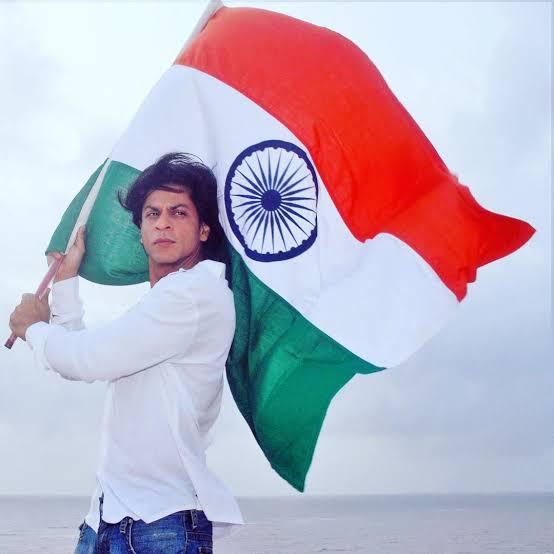 @iamsrk India Ki Shaan Shah Rukh Khan ❤️🙏  #HappyRepublicDay https://t.co/NQiLppncK1