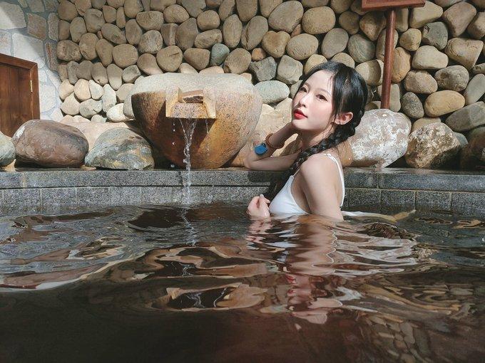 コスプレイヤー清水由乃のTwitter自撮りエロ画像88