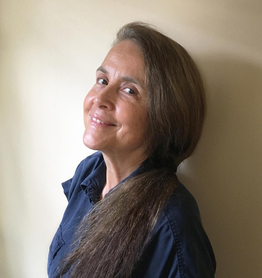 Zeina Hashem Beck On Twitter The Judge For The Arabic Language Poem Category For Adults Is Asmaaazaizeh She S A Palestinian Poet Essayist Cultural Manager She S Published 3 Collections Most Recently Don T