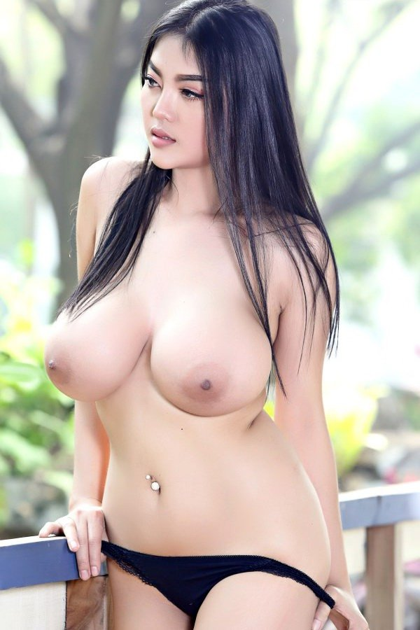 Sexy Thai Girl Big Tits