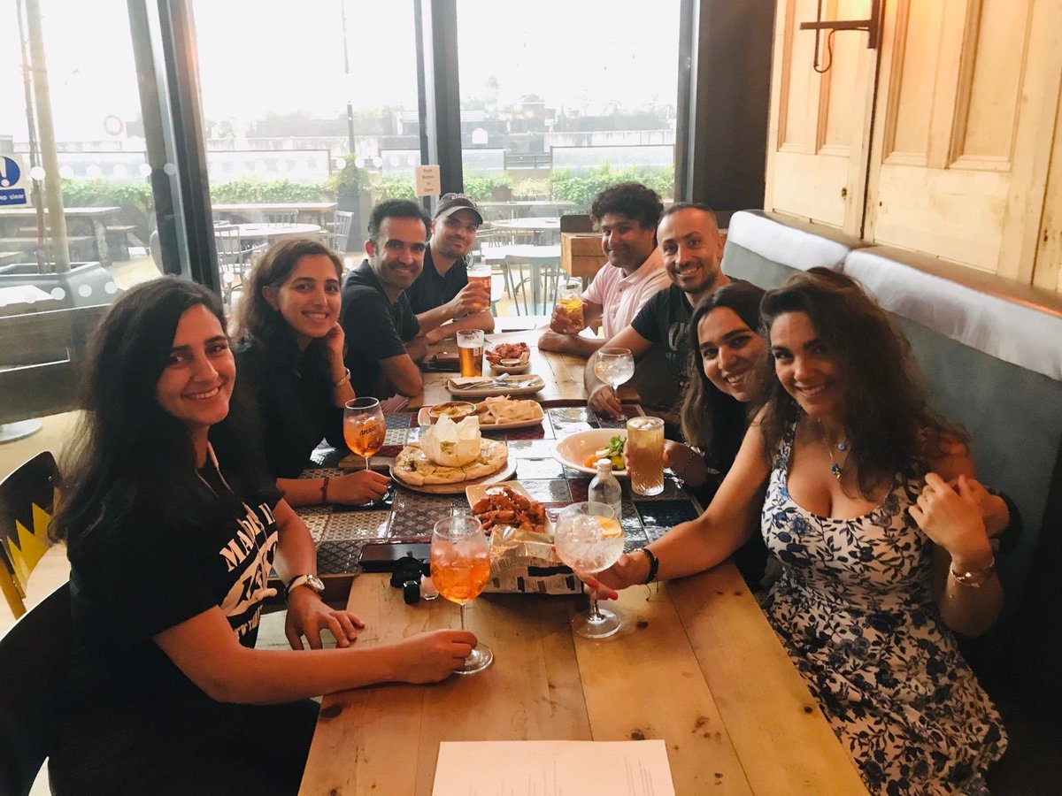 Happy Sunday! Here's some of our loyal customers enjoying their day yesterday despite the weather... ☔️#meetups #friends #loyalty #loveyourlocal #loveyoungs https://t.co/Emh5wCTUgQ