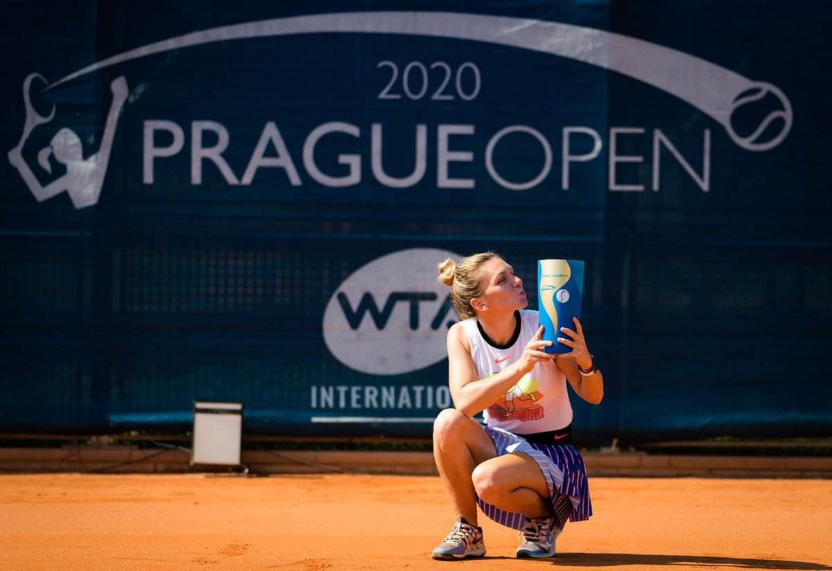 Title #21! Soo happy I could come here, fight hard and lift the trophy 🏆   Thanks to @tennispragueopn for a special tournament, they worked hard to make us feel safe and pulled it off 🙏  Congrats to @elise_mertens on a great week and last but not least, big hug to my team 🤗 https://t.co/rxlSfOEcE1