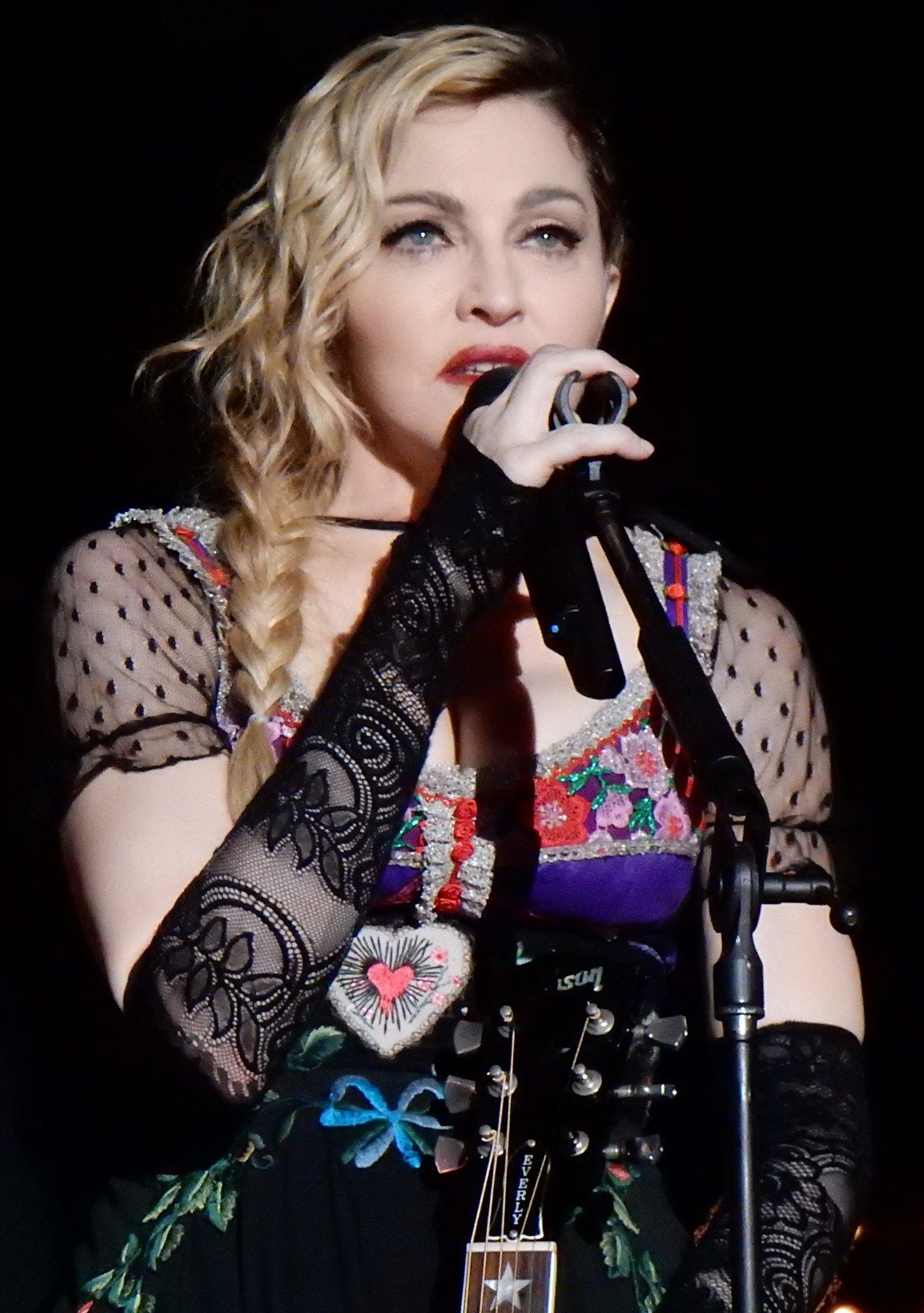 Happy 62nd birthday to Madonna and Angela Bassett!