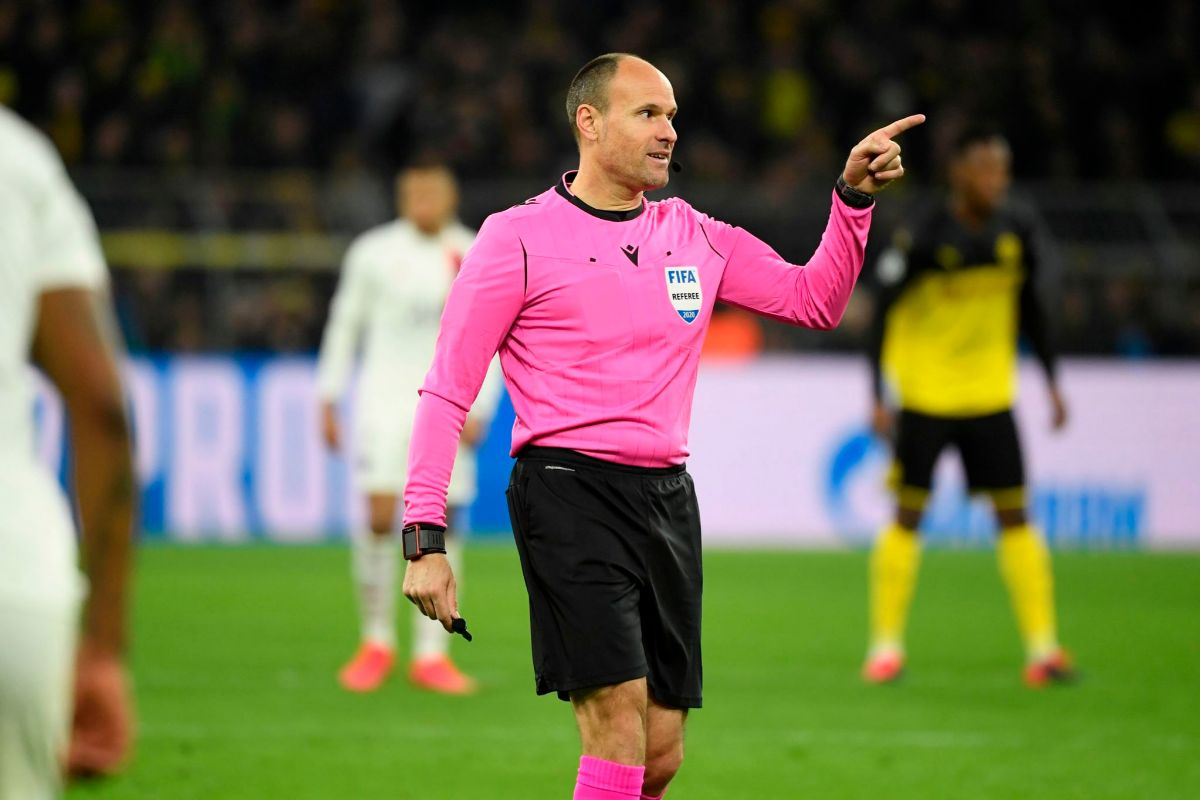 "Bayern & Germany on Twitter: ""Spanish referee Antonio Mateu Lahoz (43) has  been appointed to officiate Wednesday's #UCL semi-final between FC Bayern  and Olympique Lyon.… https://t.co/gasOAPJ5jA"""