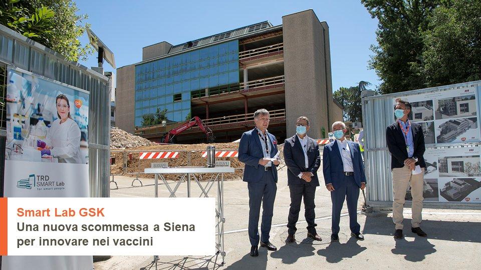 Mai come ora è stato a tutti chiaro come la collaborazione sia cruciale per l'innovazione in medicina.  Ecco perché nascerà il nuovo #SmartLab GSK a Siena: un investimento di 16 milioni di € in Italia, per accelerare la ricerca di nuovi #vaccini.   https://t.co/4K9exVCdbb https://t.co/xI7JOc0PUG