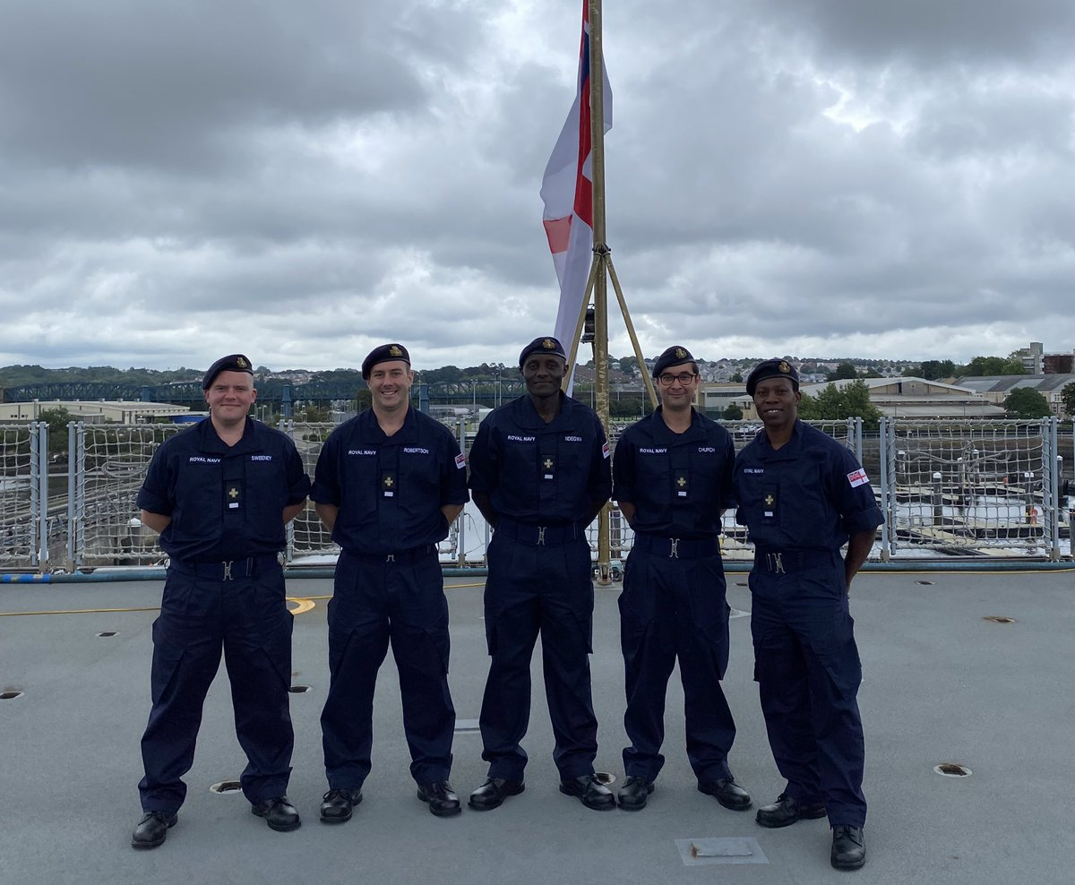 Welcome to the new entry RN Chaplains who are conducting Initial Sea Training onboard. @of_fleet @DartmouthBRNC