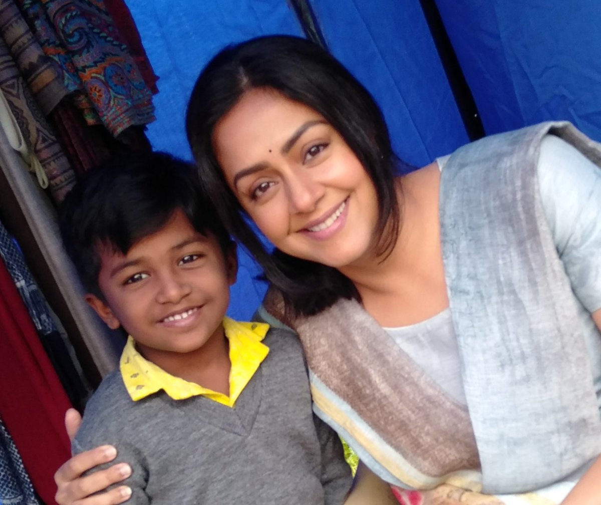 "Actor & Singer Kamalesh on Twitter: ""Jyothika Mam and Rockstar Kamlesh Ooty  shooting spot… """