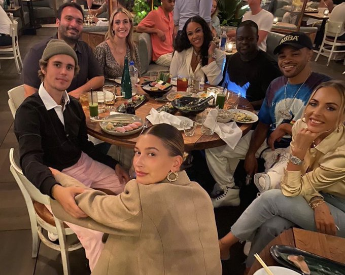 Very fun and happy dinner with ⁦@reneeverm⁩, ⁦@justinbieber⁩, ⁦@haileybieber⁩, ⁦@poobear⁩, ⁦@StyleMEMaeve⁩