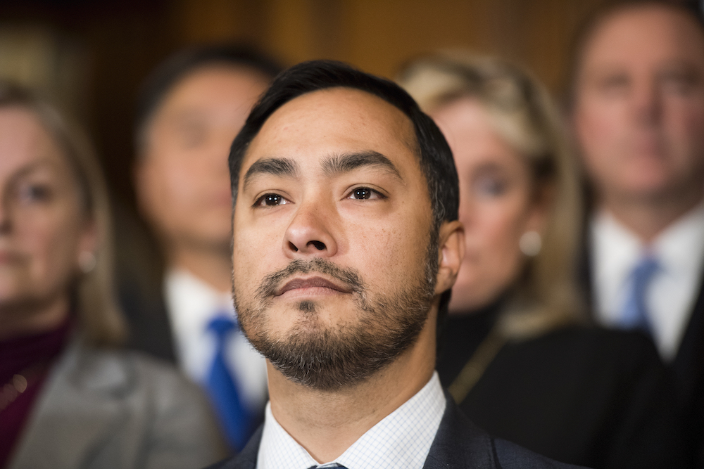 """Joaquin Castro: """"Latino stories are universal, and more than capable of selling tickets and winning awards if told right"""" https://t.co/FmT6leRqui https://t.co/dN7GYb4yOq"""