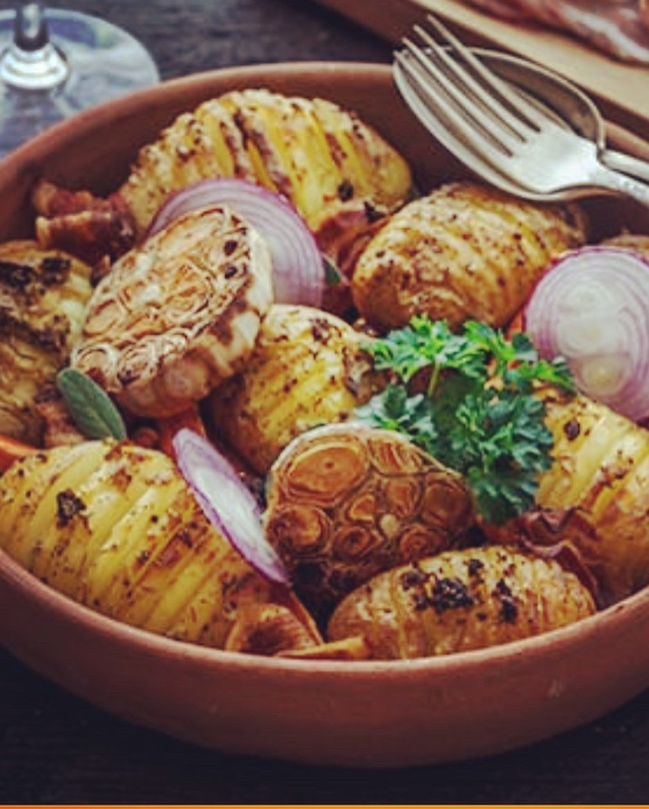 No hassle hassleback potatoes.. Perfect as a side dish💯  Recipies https://t.co/lKx6QhKweV  #potatoes #hassle #nohassle #sidedish #bbq #barbecue #grill #grilling #carne #veg #brii #dinner #Love https://t.co/bKGItOSgH1