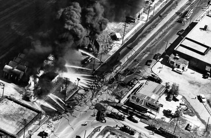 Today is the 61st Anniversary of the Southwest Blvd Fire. Five KCFD firefighters and one civilian died, dozens of FFs injured. An early defined BLEVE incident, led to NFPA changes for flammable liquid storage and increased mutual aid in region.@KCMOFireDept @KCKFDPIO https://t.co/Ez7yM9Nslu