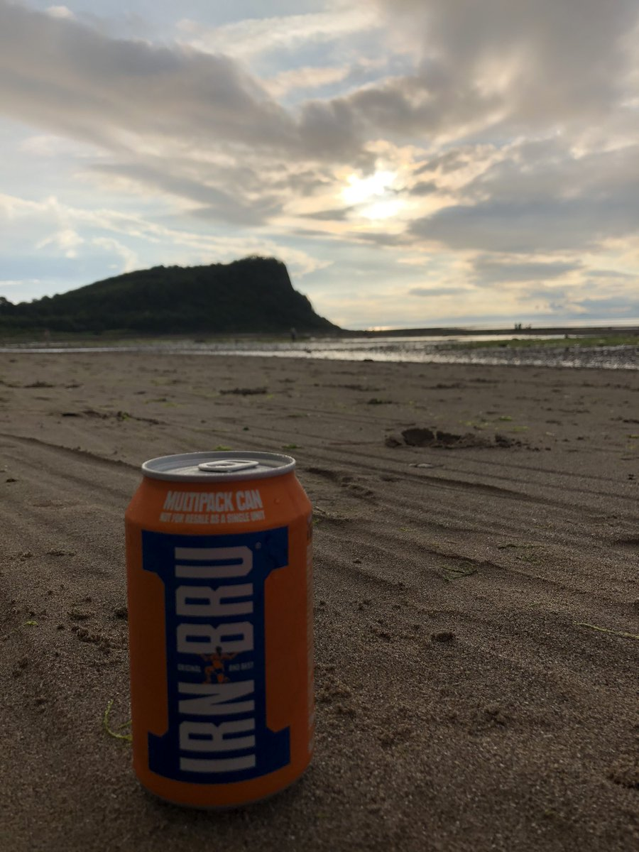 Can't go to Scotland without a cheeky #irnbru on the beach while the sun sets @irnbru https://t.co/Iii5wchYB0