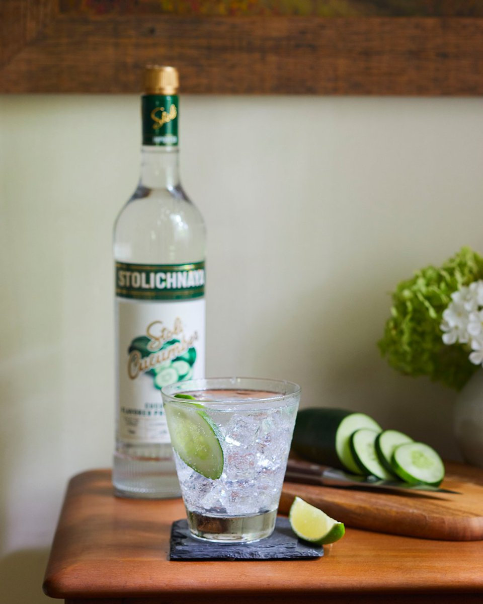 Recipe to beat the heat:  1.) Order Stoli Cucumber on @MiniBarDelivery  2.) Fill a glass with ice and pour in Stoli + Soda 3.) Apply cold glass to forehead  #Stoli #StoliSoda #StoliCucumber #Vodka https://t.co/xd8oglkYAe
