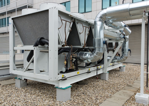 Dave Richards of @Climalife_UK explores how the choice of refrigerant is changing for HVAC chillers https://t.co/5f37G83uMP https://t.co/Y6R0v35f4s