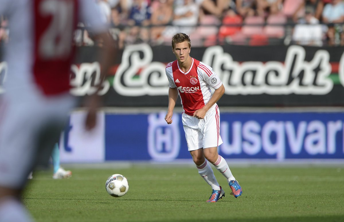 ... And 20-years old @Joel_Veltman made his debut! ✨ https://t.co/xWXAVCrp9f