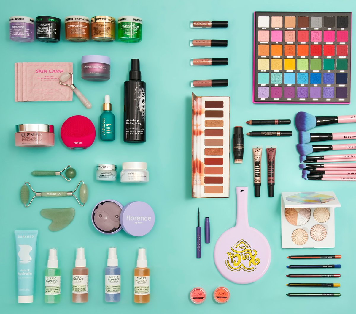 🚨 COMPETITION TIME 🚨 Win this boujjj skincare & makeup bundle 💄🧴✨  All you gotta do is: - Like & RT this pic ⚡ - Make sure you're following @beautybay AND on TikTok https://t.co/5okaug2ftz 💖 - Tag someone who NEEDS this 👇🔥  (T&C's apply: https://t.co/AGR52at5UR) https://t.co/VmHIw9kxAU