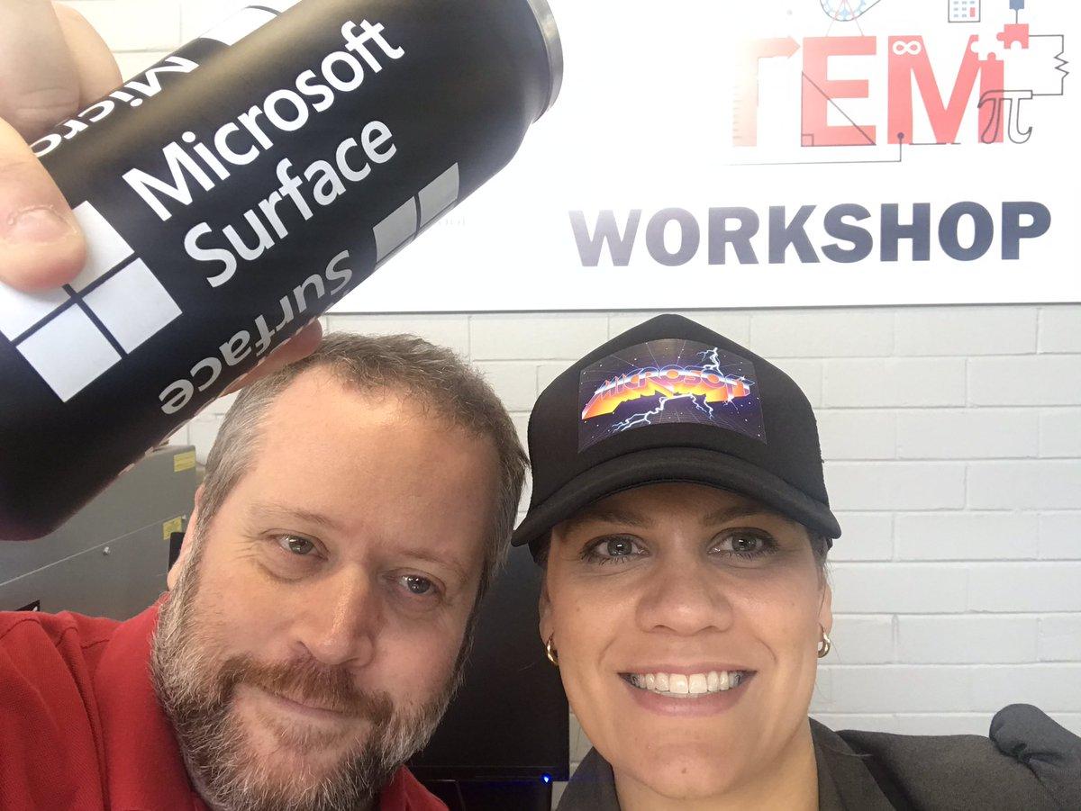 Trying very hard to showcase the #Microsoft merch! @WAPLN @standouted @HamptonSHS #MIEExpert @MSAUedu @ECAWA
