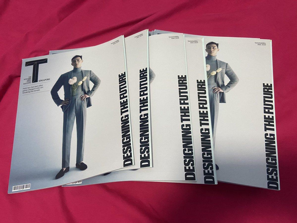 นิตยสาร TSingapore ปก Parkseojoon มีพร้อมส่ง 5เล่มสุดท้ายค่ะ ใครสนใจทักมาได้เลยนะคะ #เล่มละ400 #ParkSeoJoon #parkseojoonth https://t.co/w9XhpcfppC