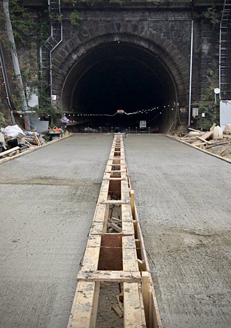 Efyrvk7XgAECA x?format=jpg&name=medium - King's Cross tunnels & canal aqueduct #2