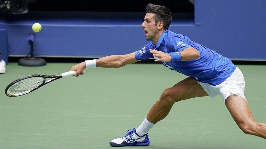 🎾 Tek erkeklerin 1 numaralı seribaşı Novak Djokovic, 3 saat 13 dakikada tamamlanan maçta Kyle Edmund'u 6-7, 6-3, 6-4 ve 6-2'lik setlerle 3-1 mağlup ederek üçüncü tura yükseldi. #USOpen