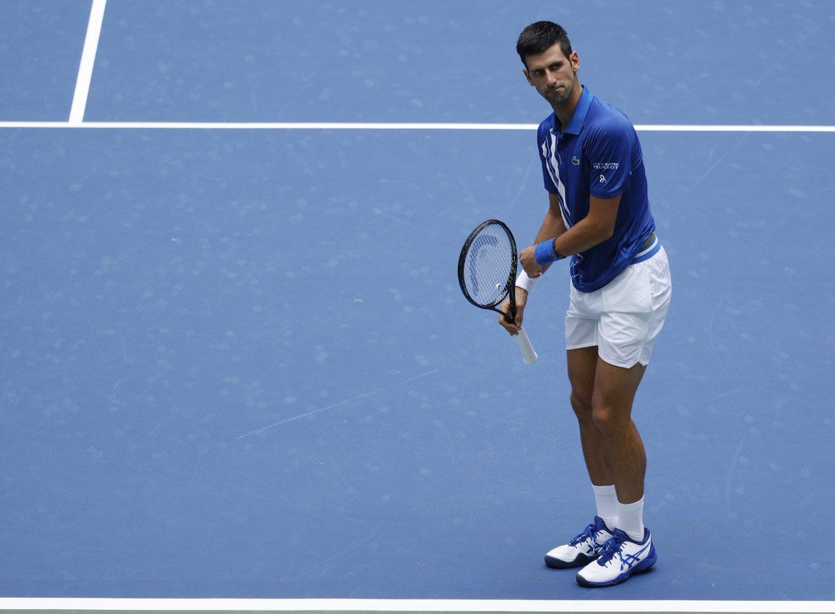 Novak #Djokovic 2020'de durdurulabilecek mi? Djokovic, Kyle #Edmund'u 6-7, 6-3, 6-4, 6-2 yenerek 3. tura yükseldi.👏 #USOpen