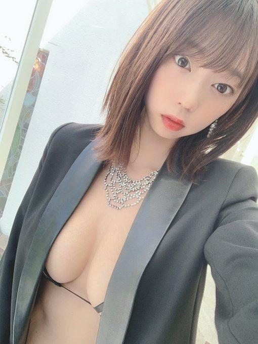 グラビアアイドル青山ひかるのTwitter自撮りエロ画像4