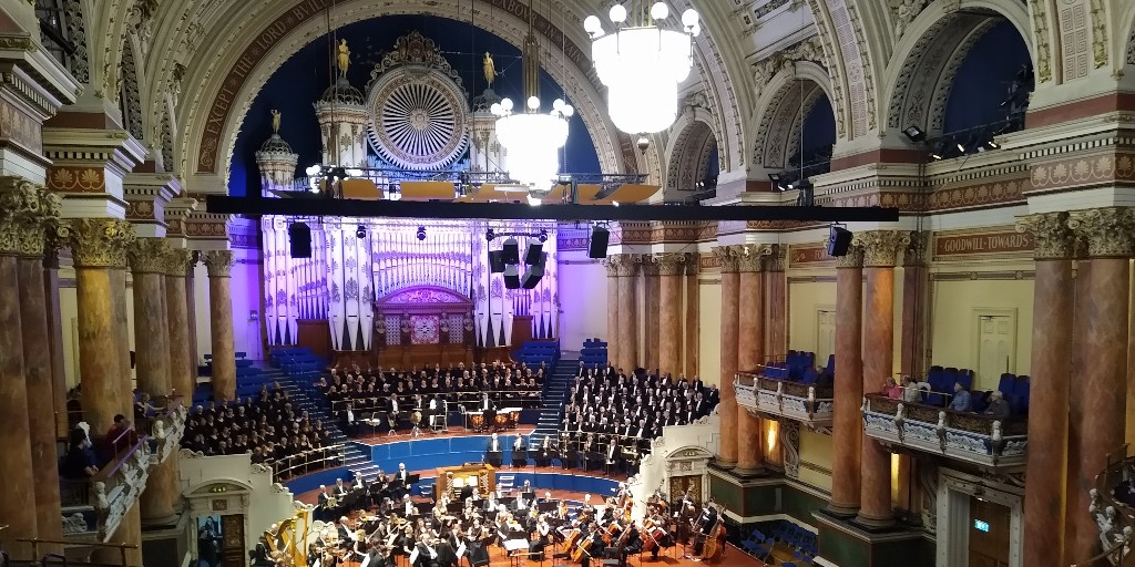 Love The Words, Sept 1st: A tour of @LeedsTownHall via the organ loft and Leeds citizens reminiscence about this iconic Leeds building. Originally broadcast as part of #YorkshireDay2020. https://t.co/87zGm7PDvb https://t.co/eMM5FAnXtH