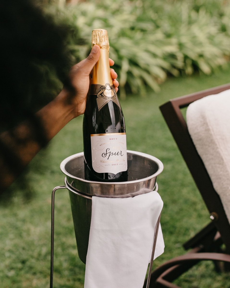 It's no accident #CAPCLASSIQUEDAY falls on the first day of Spring. Let's celebrate! 🥂 https://t.co/jJr3MJEgYo