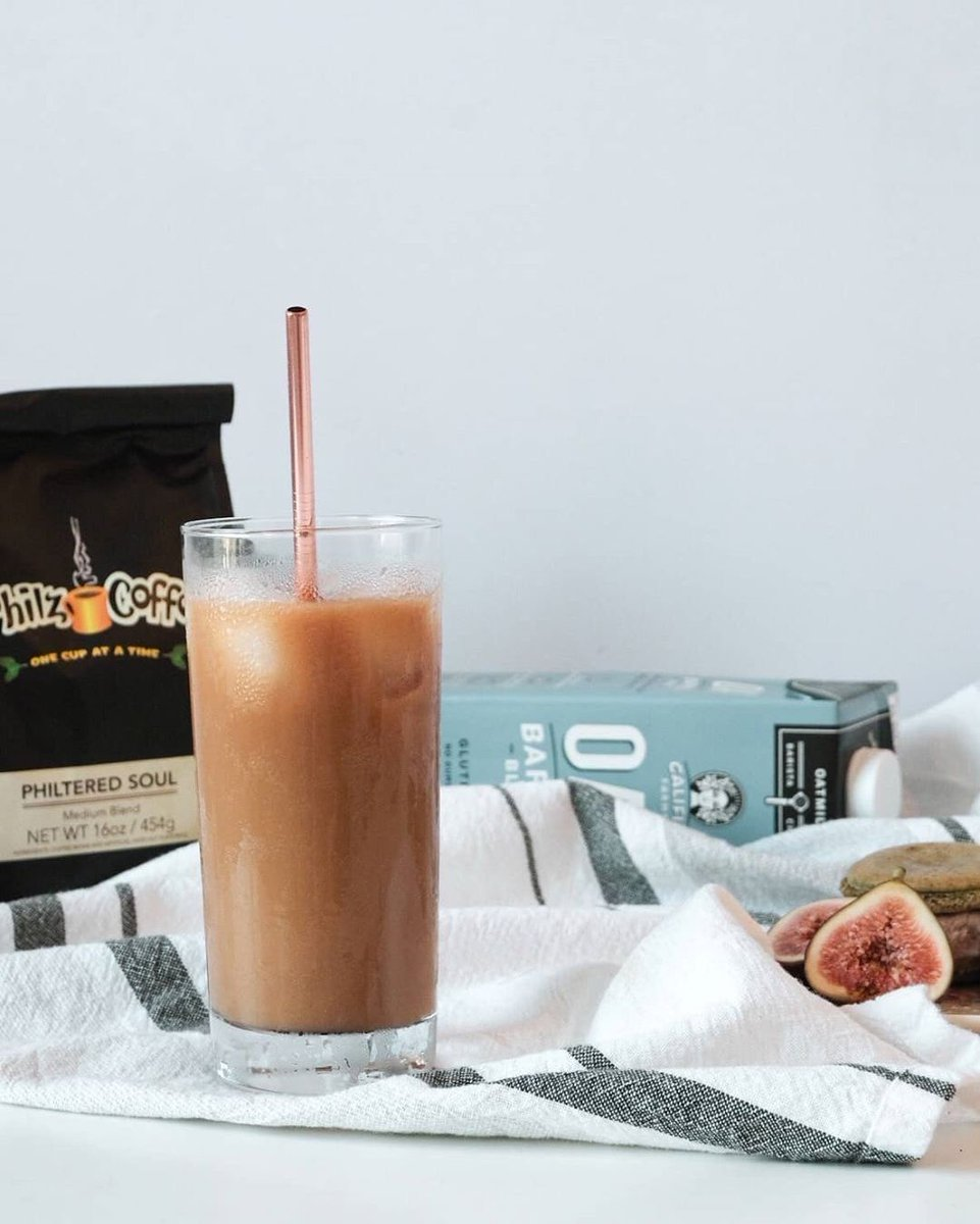 What's your favorite way to customize your #philzathome? A bit of oat milk is all (IG)foodichihuo needs for the perfect cup of iced Philtered Soul. . We've reposted our Cold Brew and Iced Coffee recipes in today's IG story so you can get brewing! https://t.co/2CwcmLXTXV