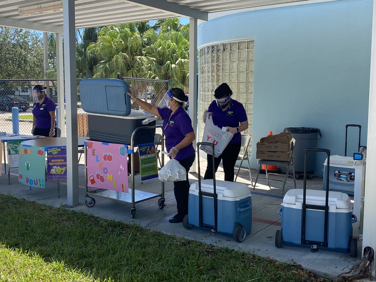 @browardschools is continuing to offer grab-and-go meals for breakfast and lunch every Tuesday and Thursday while schools remain online. Available at all Broward elementary, middle and high schools. @SFLCW