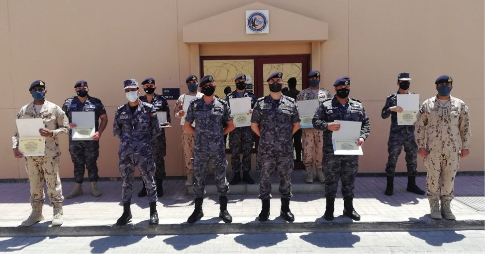 Training doesn't stop at CTF 152, despite preparations to hand over command of the task force! Last week five students from the Royal Jordanian Naval Force and three from the UAE Naval Force completed their Centrixs training course. 👏🇯🇴🇦🇪 #ReadyTogether #Training