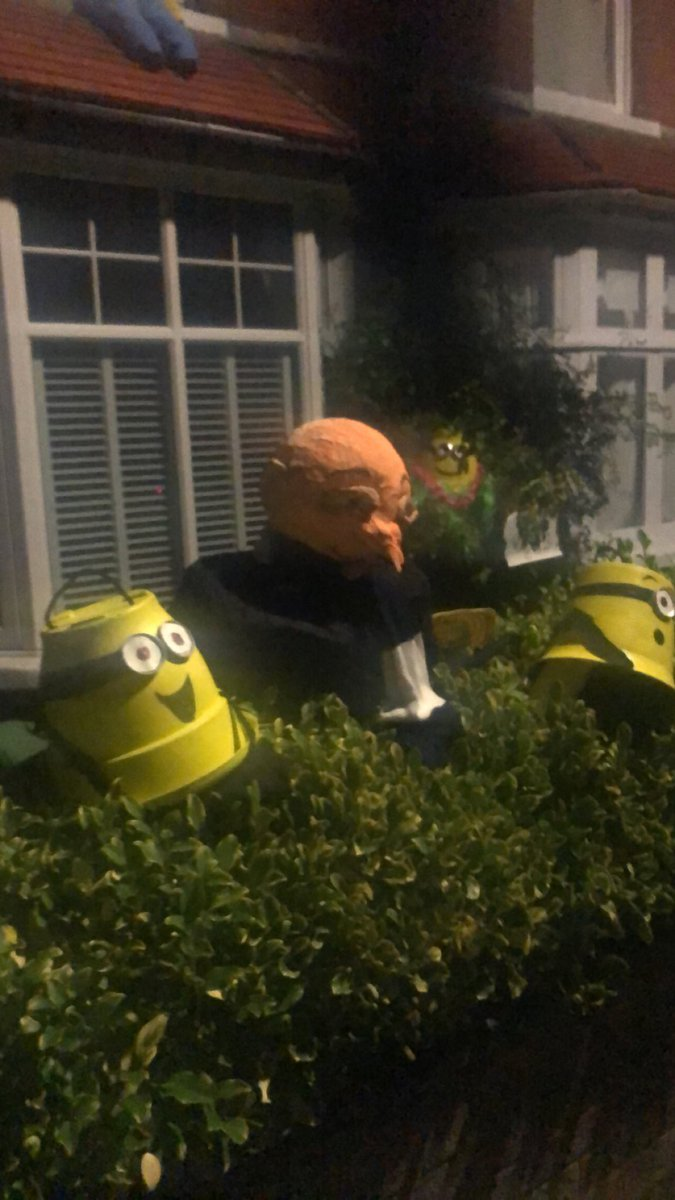 Can't stop thinking about one of my neighbours front garden https://t.co/ay3P1srCKI