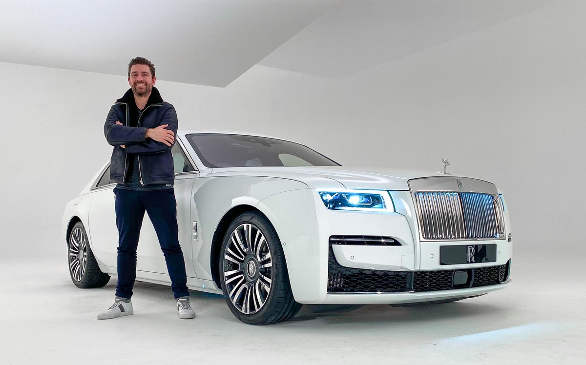 The most technologically advanced Rolls Royce ever.   First look of the all new Ghost now live: https://t.co/We5dQUYMLZ https://t.co/gCGmRGNMre