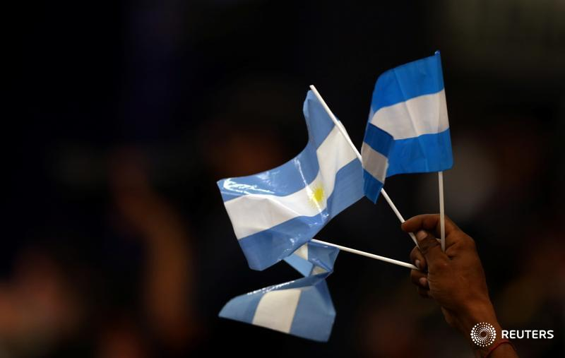 Argentina is crowing about getting almost unanimous approval for its restructuring deal. But restoring economic stability will be a much harder slog, writes @Three_Guineas. https://t.co/OzDm3SzO4l https://t.co/5OiiUrJoMh