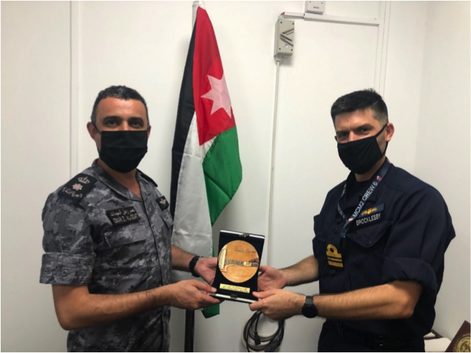 Commanding Officer of @HmsBrocklesby, LCDR Dan Lee, Royal Navy, visited CTF 152 to say goodbye to CDR Omar Alodat and his staff. CDR Alodat thanked him for his ship's efforts to provide #maritimesecurity operations throughout the Arabian Gulf. #ReadyTogether #Partnerships