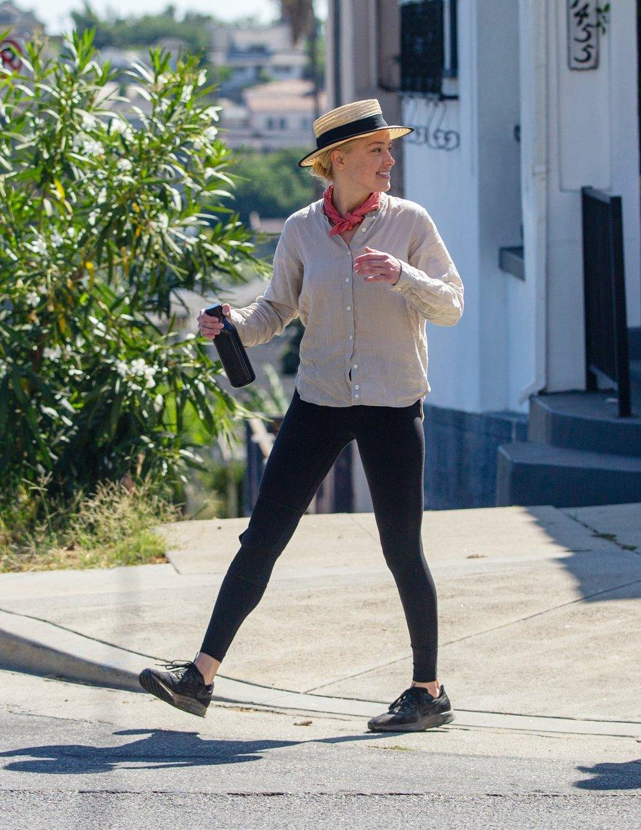 Amber Heard Italia Galleria On Twitter Hqs Amberheard Hiking In Elysian Park In Los Angeles September 1 2020 Https T Co Eiaoexe0zm