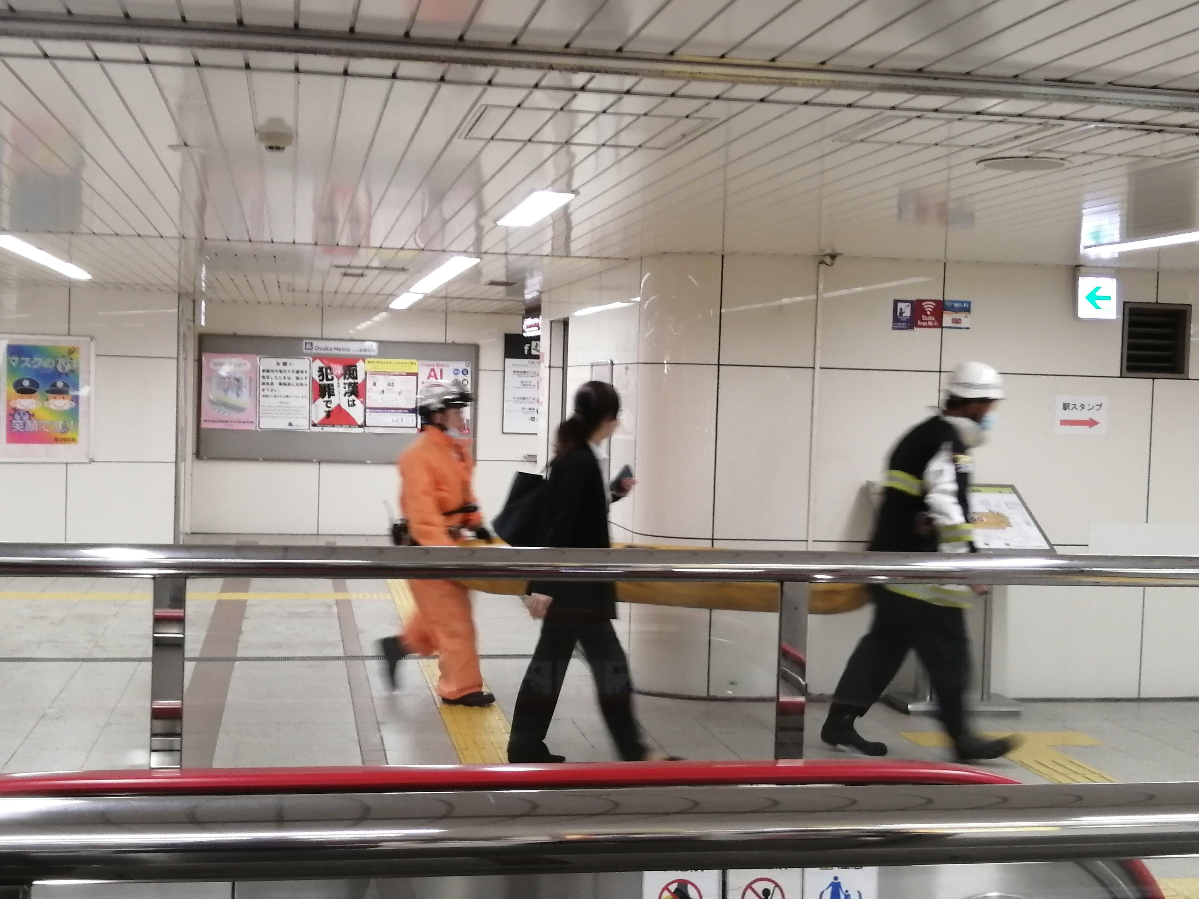 大阪メトロ御堂筋線のなんば駅で人身事故が発生した現場の画像