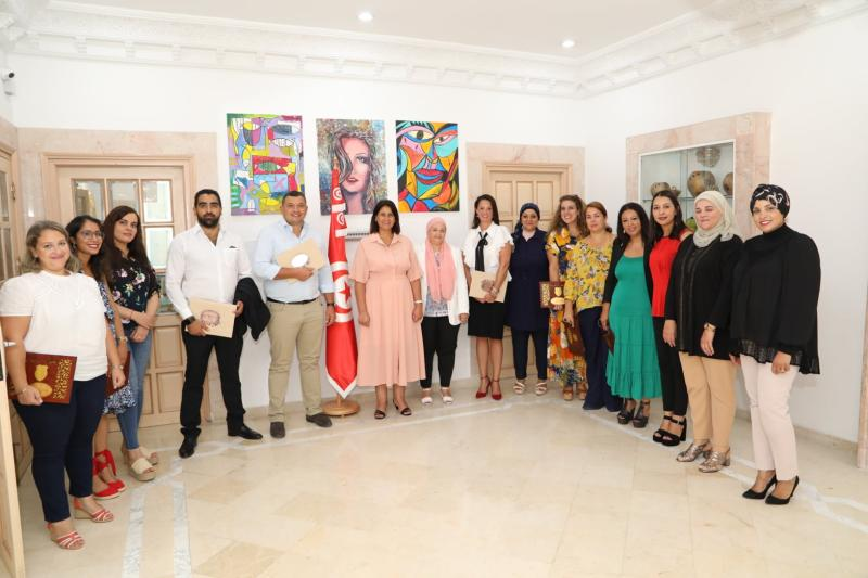 Vocalcom is proud to have been congratulated by Mme Asma El Sahiri, Minister of Women in Tunisia, for our involvement in creating the Ligne Verte 1809 to provide  psychological support to battered women and children during the #COVID-19 crisis https://t.co/AiEgc03URp
