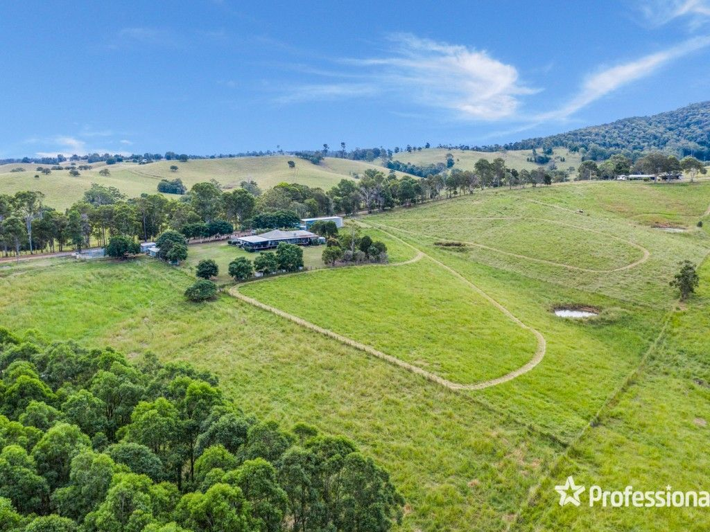 "Golden Acres "" Gympie - Acres : 17.00 https://t.co/1YJKKW4kF3  Located at Mothar Mountain, an easy 15 minute drive south east of Gympie. Fertile 6.88 ha (17 acres) of cleared productive land with excellent pastures. #Qld #MotharMountain #ForSale #Farmproperty #RealEstate #Farmers https://t.co/szS42i3w8F"