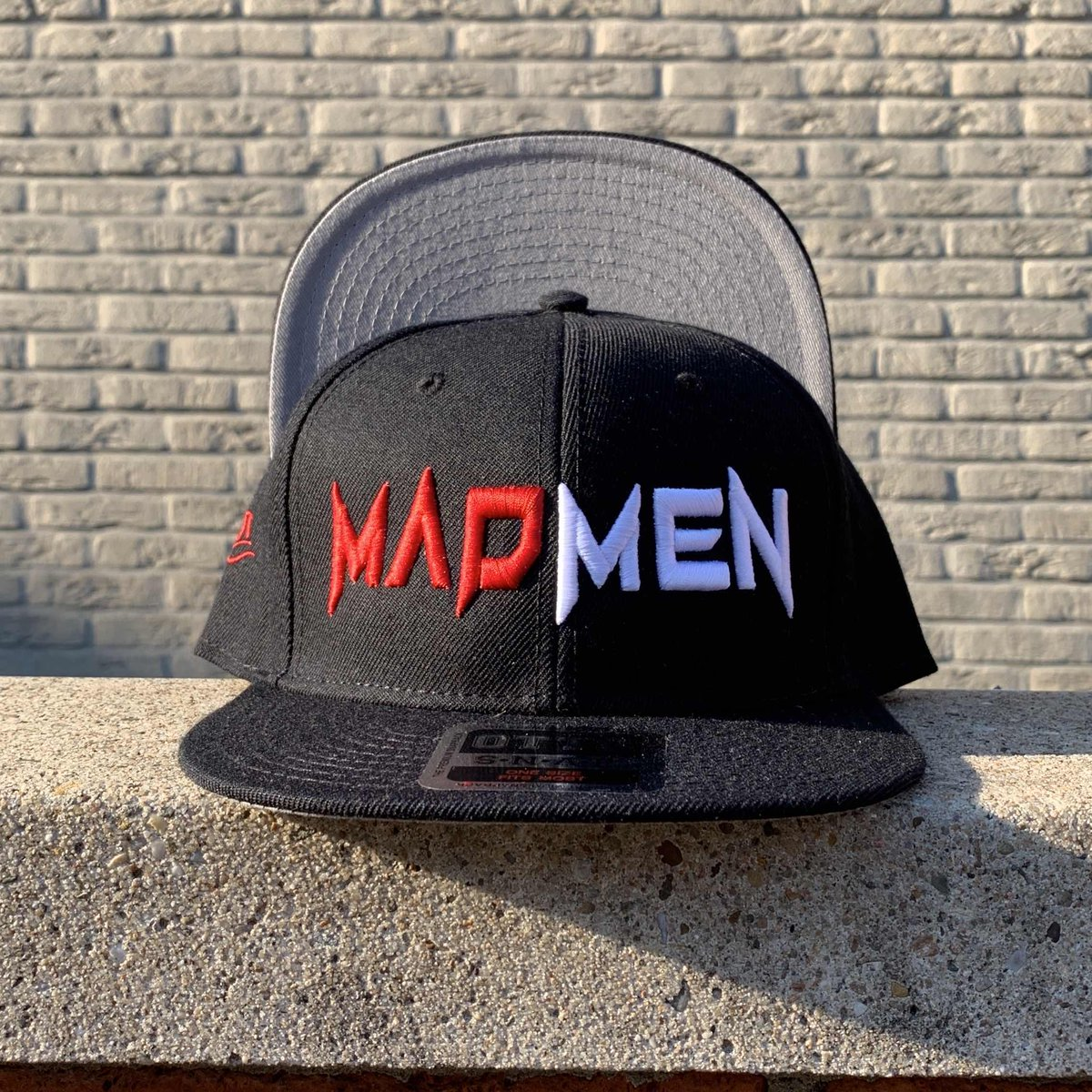 Are you ready for the madness 🤨 https://t.co/0wNj5OL3cH  #hatclub #hatoftheday #snapbackhat #capaddict #teamfitted #hotsnapbacks #snapback #streetapparel #speakwithyourcap #urbanbrand #fashiongram #hat #cap #y#hatgame #hatclubexclusive https://t.co/syieBRotk6