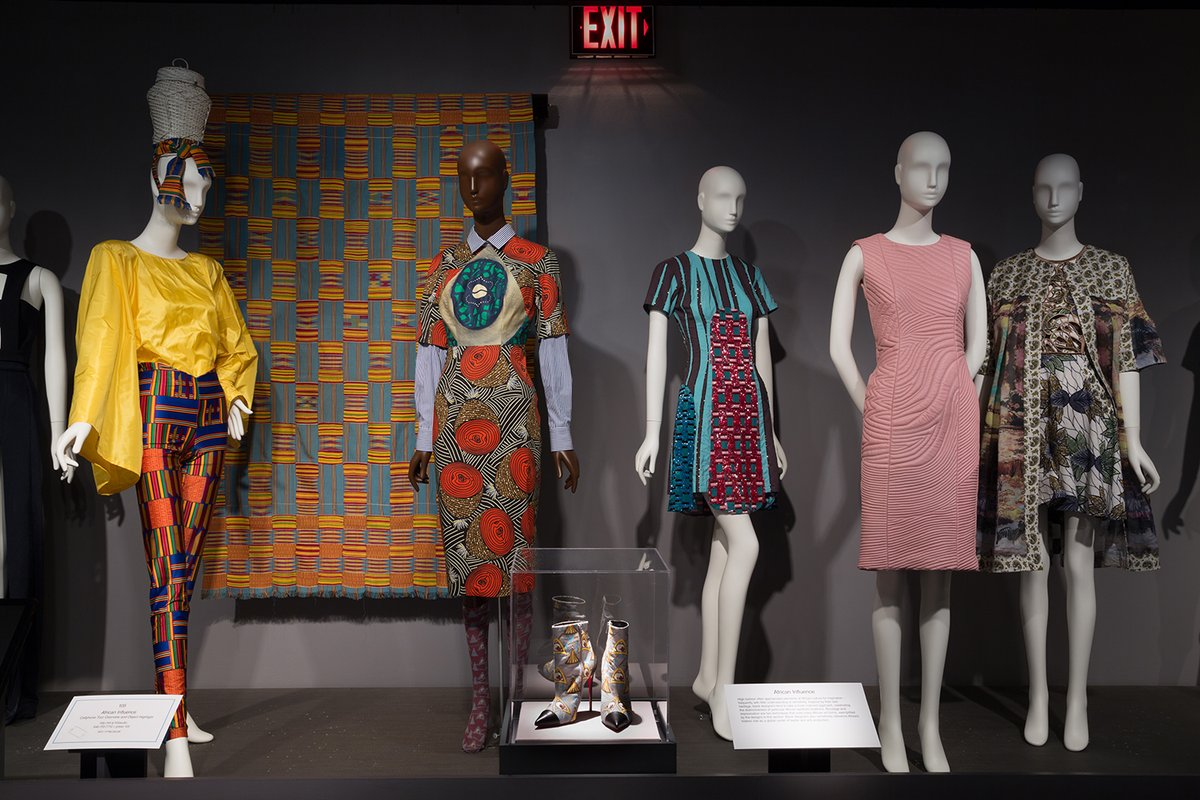 Museum At Fit On Twitter Museumfromhome Many Black Fashion Designers Have Had Successful And Influential Careers Only A Few However Are Widely Recognized Today Explore Our 2016 Exhibition Mobile Tour Of Blackfashiondesigners