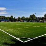 Image for the Tweet beginning: El campo de fútbol del