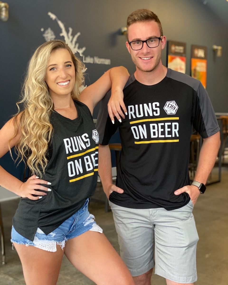 """If your anything like us then you know the ONLY way you are going to get us to run is for a BEER 🍺 ! Check out our new """"Runs on Beer"""" Athletic wear 🏃♂️  Available online or in the taproom https://t.co/lokhnEK2jG   Grab them before they sell out AGAIN!! Cheers! https://t.co/zdJt9n8dRM"""