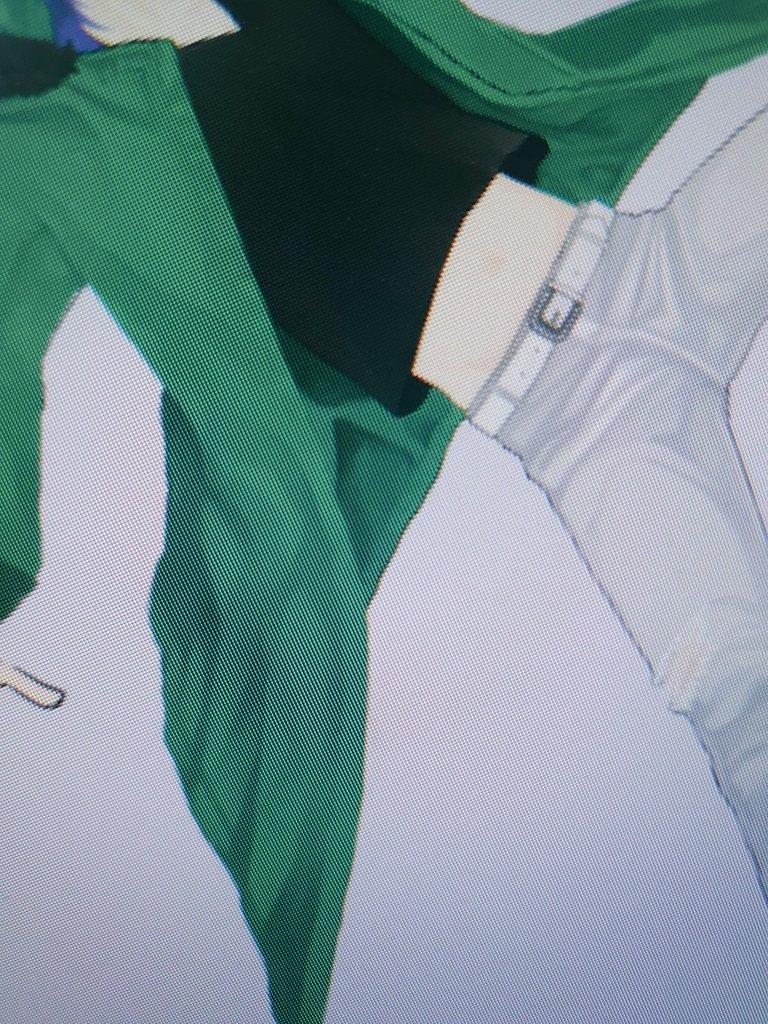 12日かかっても終わらん………ものすごい整形手術してるので……。シワ書くのしんどいけど楽しい……。このあと、鬼門の靴と、もろもろの飾り付けが待ってる……。ひーー。