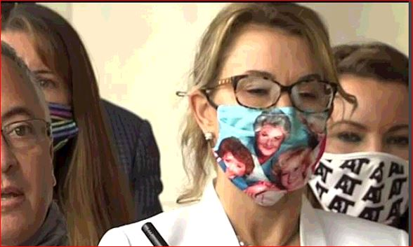 All politics aside, major props to @RepTKlarides for this Golden Girls face mask today 👍😷 https://t.co/ML9oytEmS0